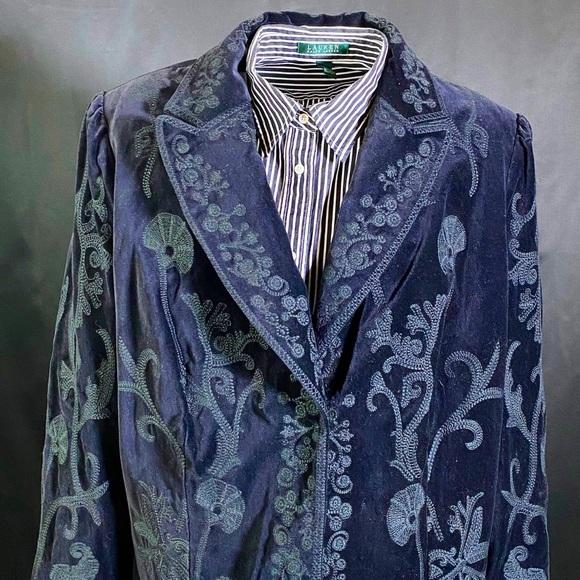 Vintage Black Velvet Embroidered Blazer